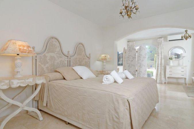Individual Villa 4637219