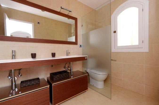 Individual Villa 52413716