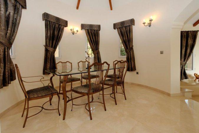 Individual Villa 5592913