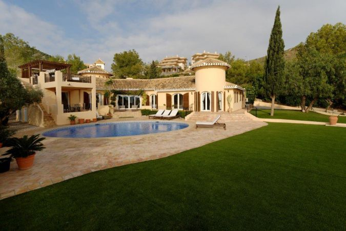 Individual Villa 5592923